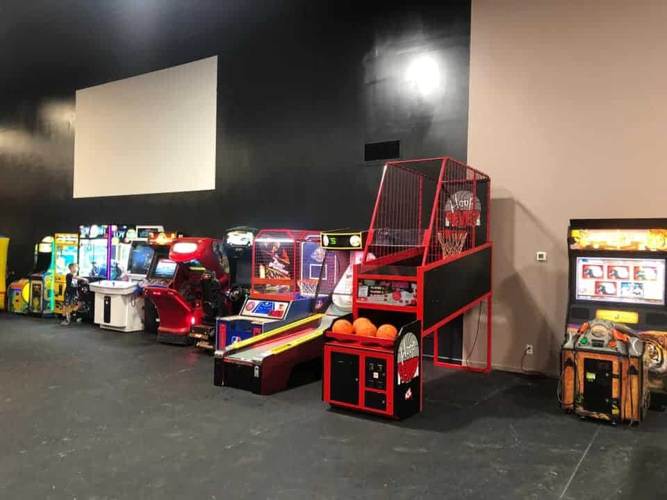 arcade-games-children-birthday-party.jpg