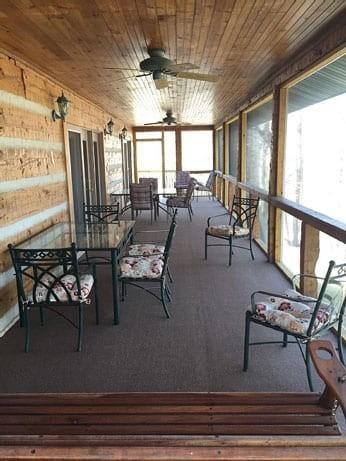 cabin-lodge-outside-lake-side.jpg