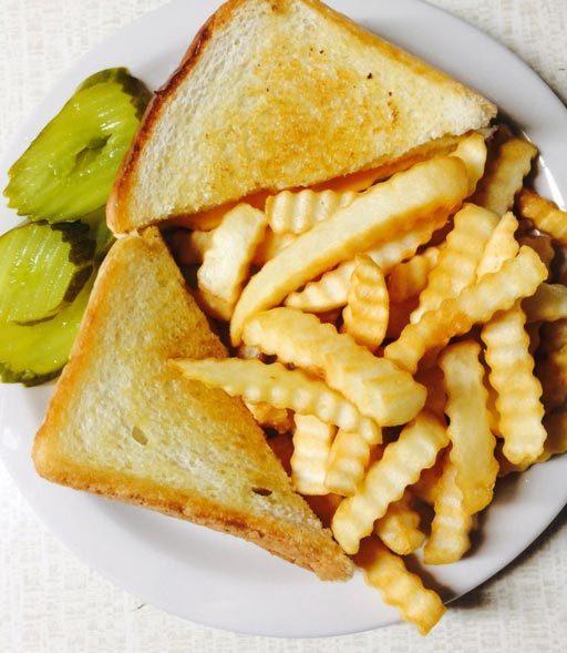 wallonia-restaurant-grilled-cheese-crinkle-cur-fries.jpg