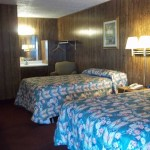 double-bed--affordable-motel-super-7.jpg