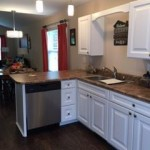 crosscreek-cottage-kitchen.jpg