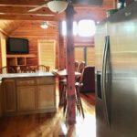 eat-in-kitchen.jpg
