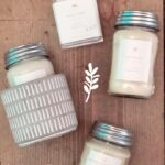 antique-candle-company-scented-jar-vanilla-wick.jpg