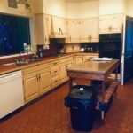 nichol-lodge-kitchen-fully-equipped-home-cooked-meals_1.jpg