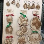 consignment-world-personalized-ornaments-sale-gift-christmas-holiday-tree.jpg