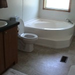 bayview-cottage-large-tub.jpg