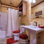 Red_Bathroom_Clean.jpg