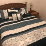 bedroom-rustic.jpg