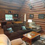 clean-cozy-living-room-spacious-seating_1.jpg